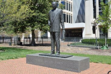Virginia lawmakers vote to remove segregationist's statue
